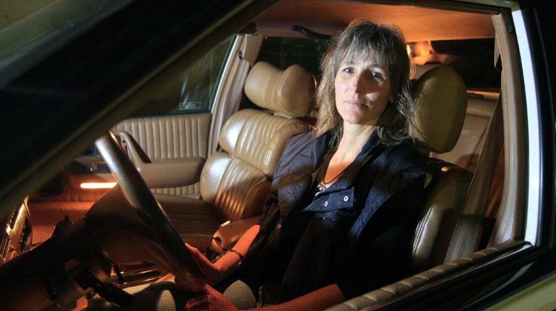 Manuela Hofer, Pontiac Bonneville SSE