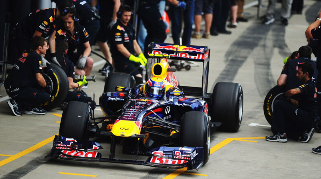 Mark Webber Boxenstopp GP England 2011