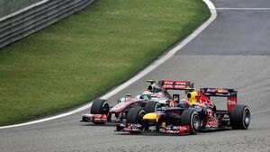 Mark Webber - Lewis Hamilton  - Formel 1 - GP China - 15. April 2012