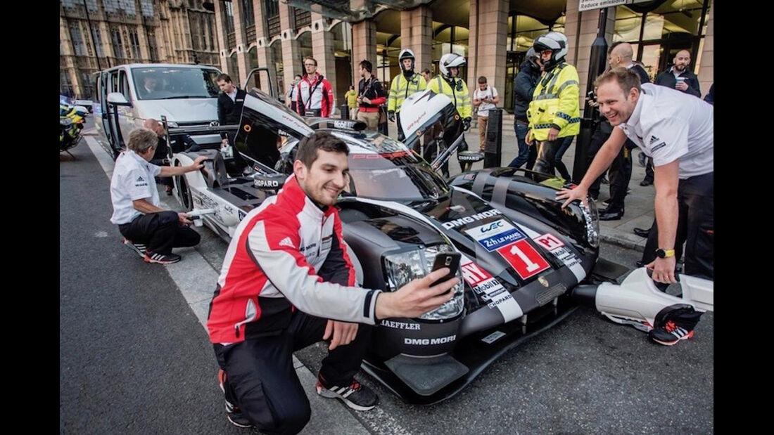 Mark Webber - Porsche 919 Hybrid - Showrun - London 2016