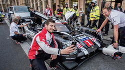 Mark Webber - Porsche 919 Hybrid - Showrun - London 2016