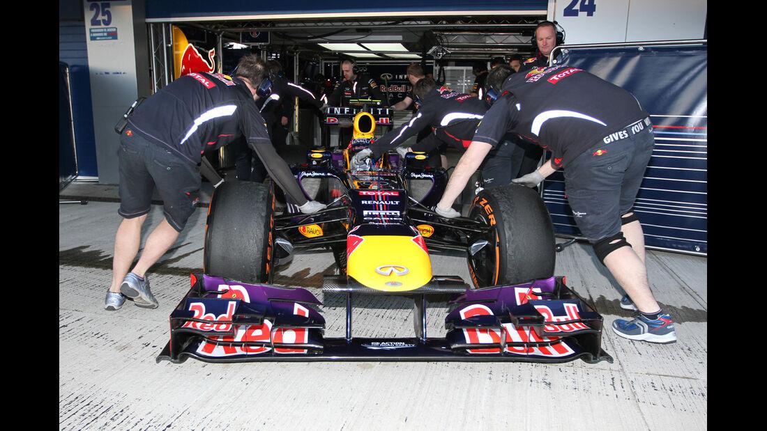 Mark Webber - Red Bull - Formel 1 - Test - Jerez - 6. Februar 2013
