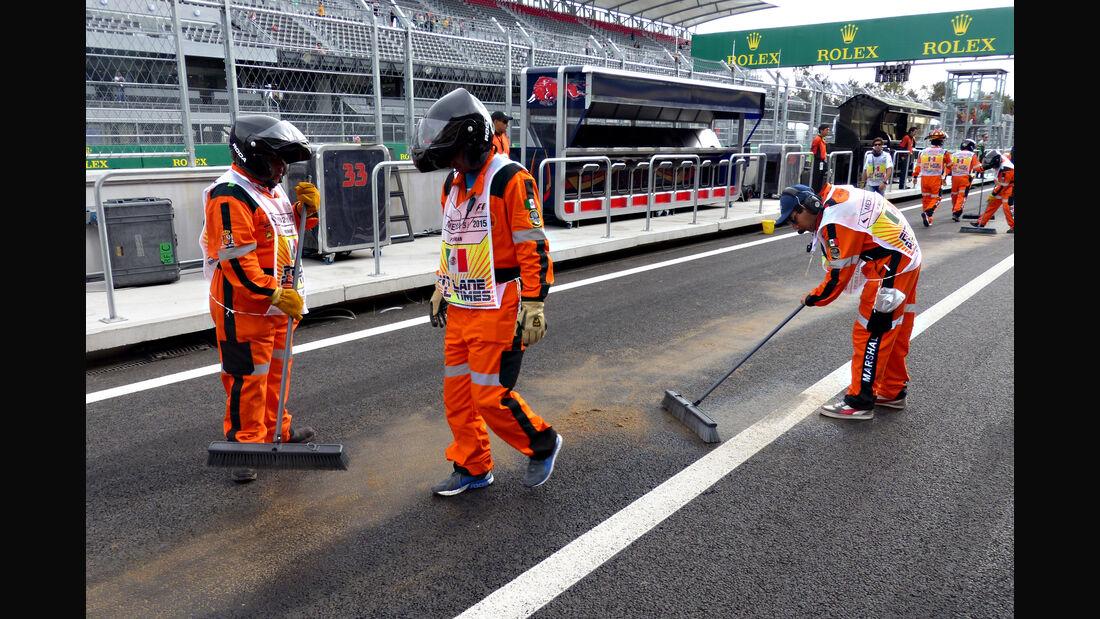 Marshals - Formel 1 - GP Mexiko - 31. Oktober 2015