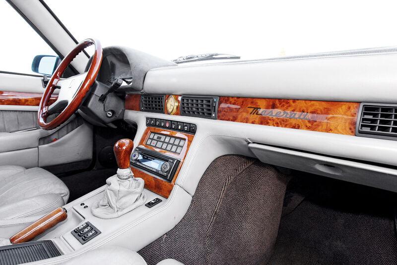 Maserati Biturbo 228, Cockpit