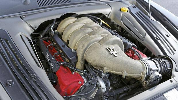 Maserati Coupé Cambiocorsa, Motor