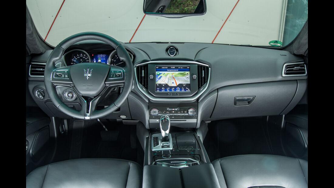 Maserati Ghibli, Cockpit