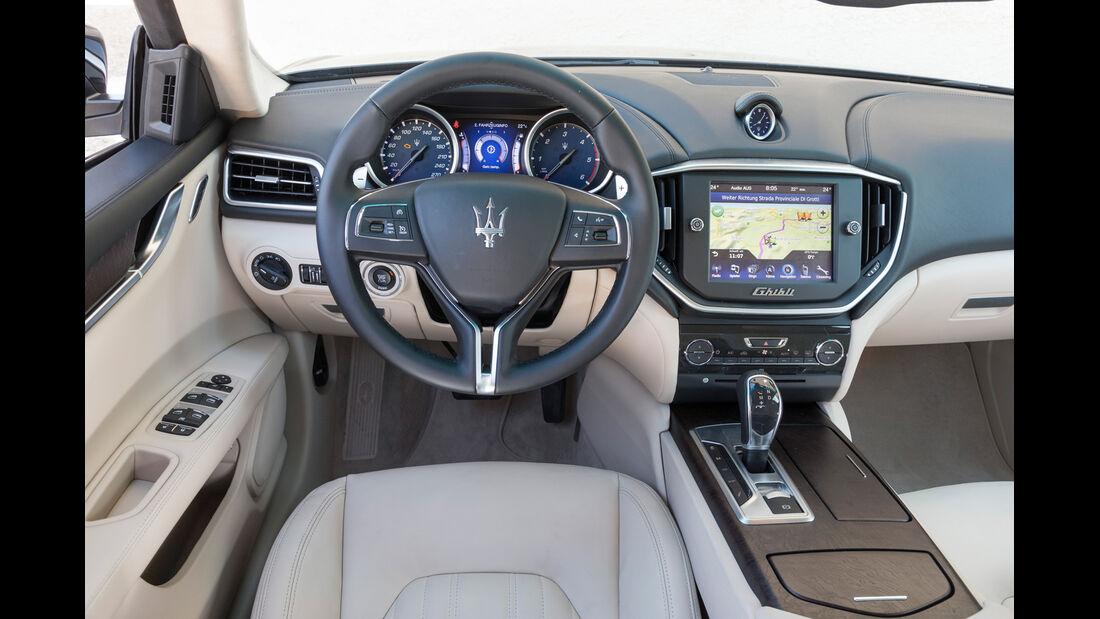 Maserati Ghibli Diesel, Cockpit, Lenkrad