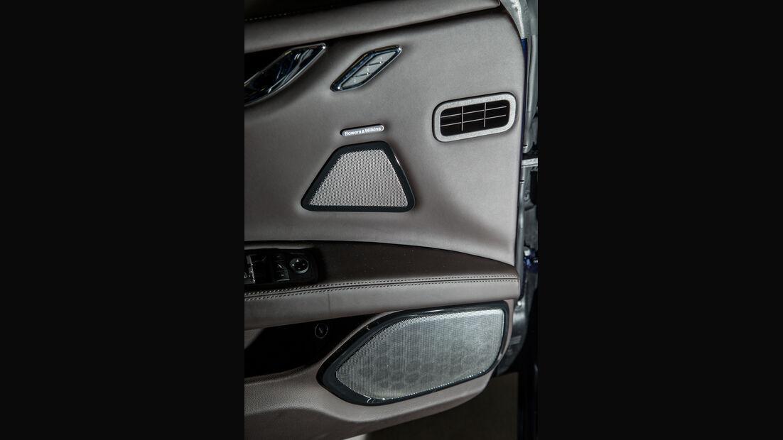 Maserati Ghibli, Türinnenseite