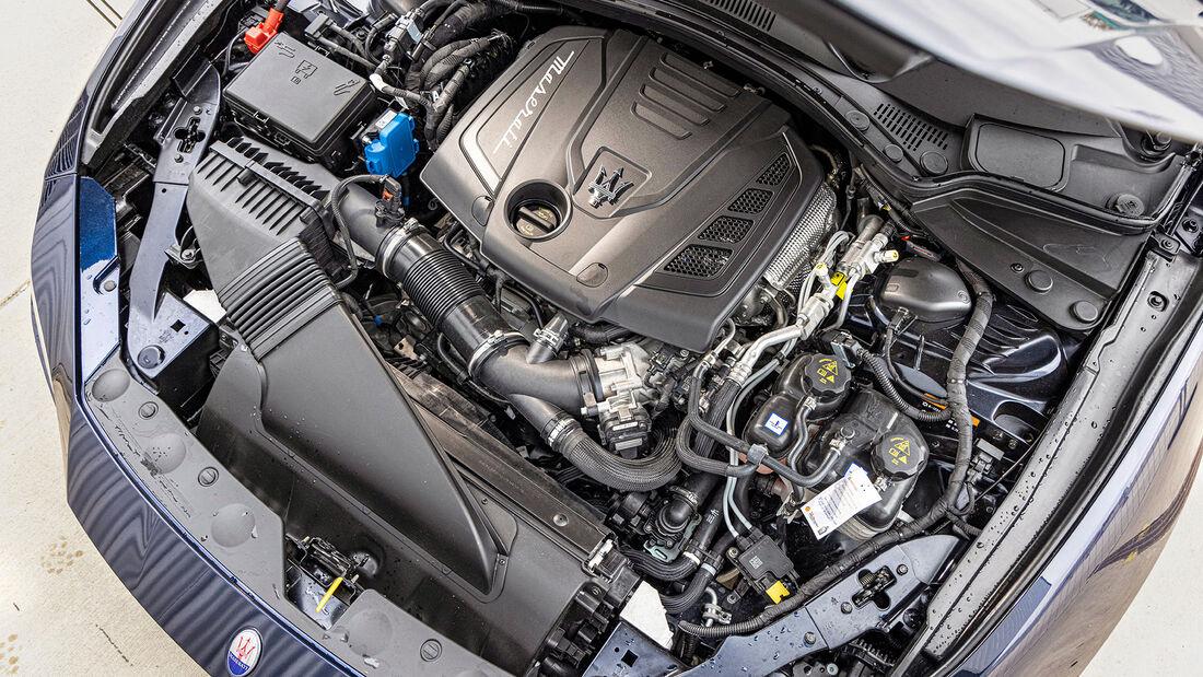 Maserati Ghili Hybrid