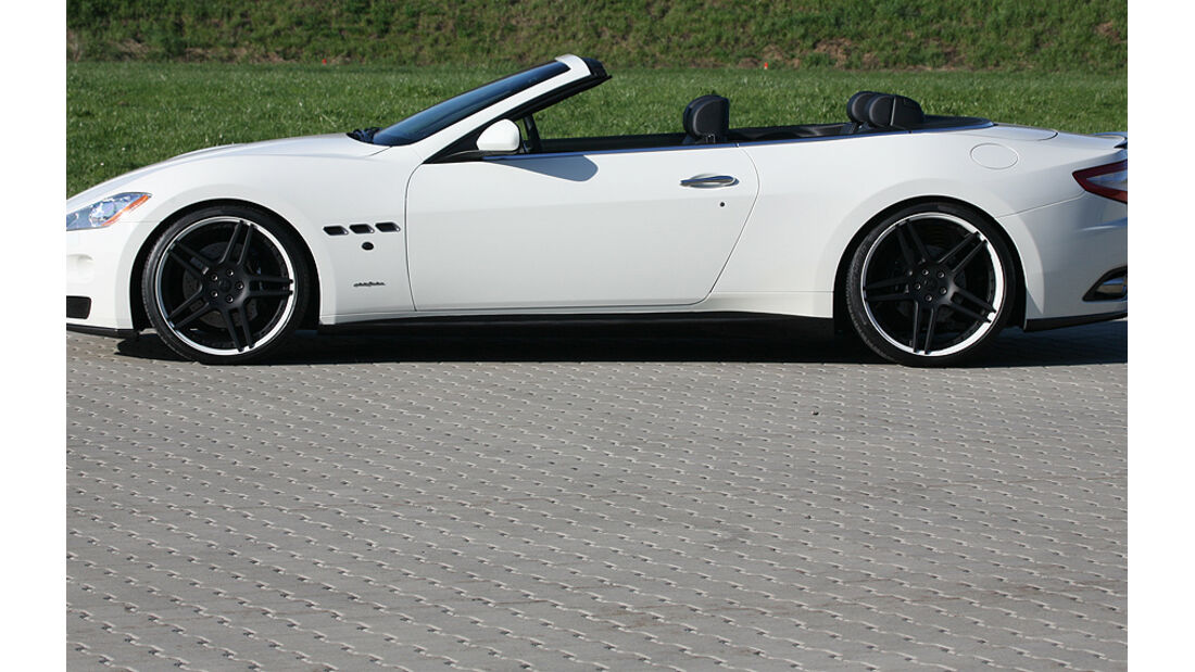 Maserati Gran Cabrio von Novitec Tridente, Seite