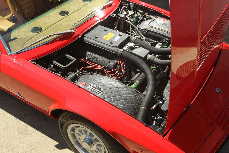Maserati Khamsin, Motor