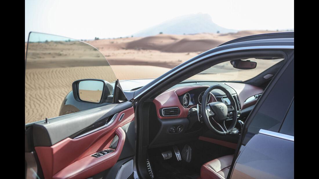 Maserati Levante Modelljahr 2018 Offroad Wüste Dubai