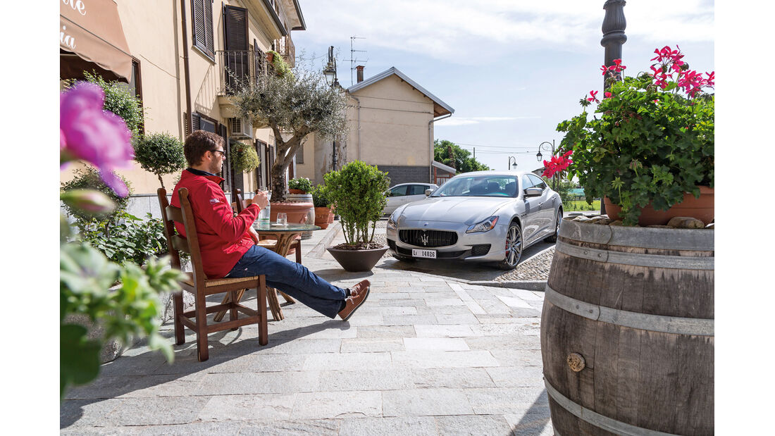 Maserati Quattroporte A Q4, Frontansicht, Cafe