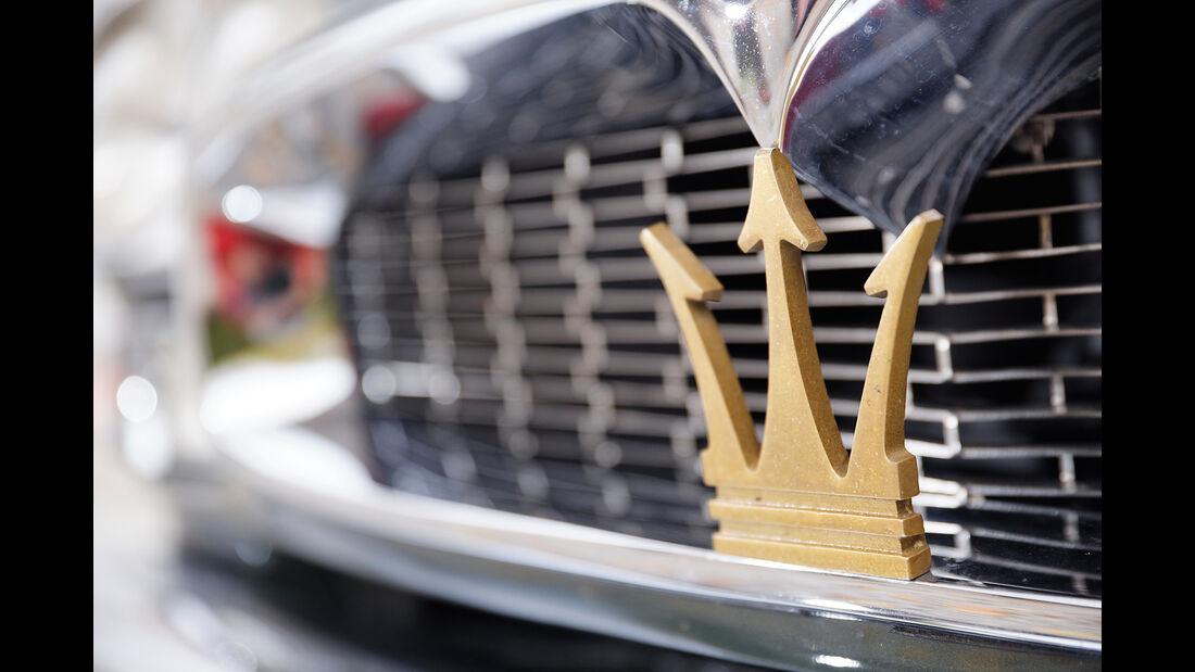 Maserati Quattroporte I 4200, Kühlergrill, Dreizack