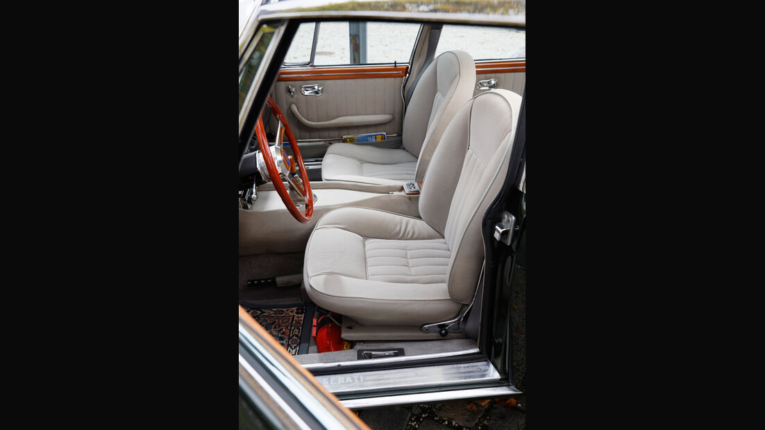 Maserati Quattroporte I 4200, Sitze