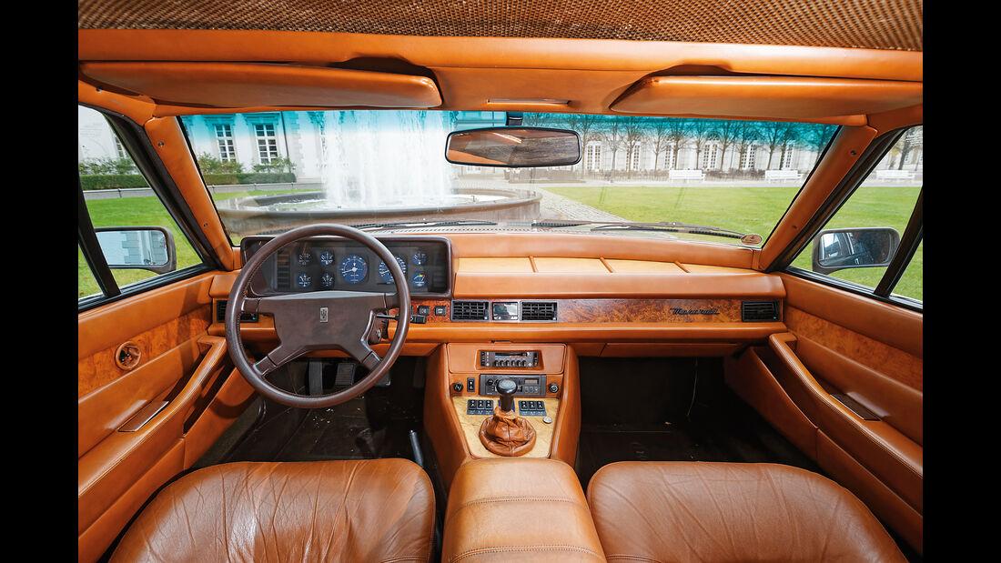 Maserati Quattroporte III 4900, Cockpit