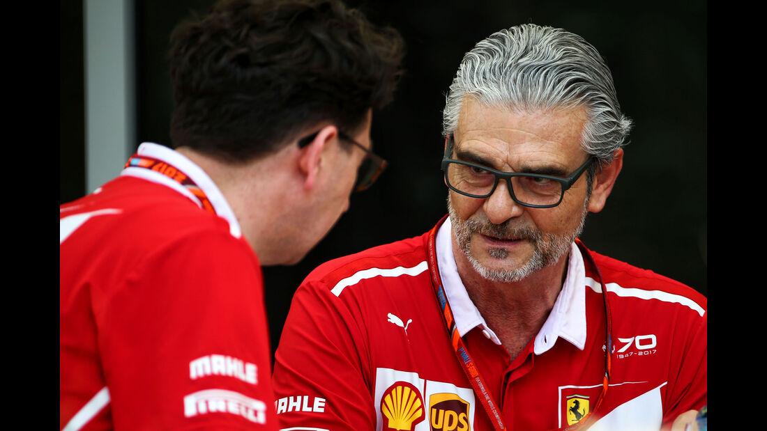 Maurizio Arrivabene - Ferrari - Formel 1 - GP Bahrain - Sakhir - Training - Freitag - 14.4.2017