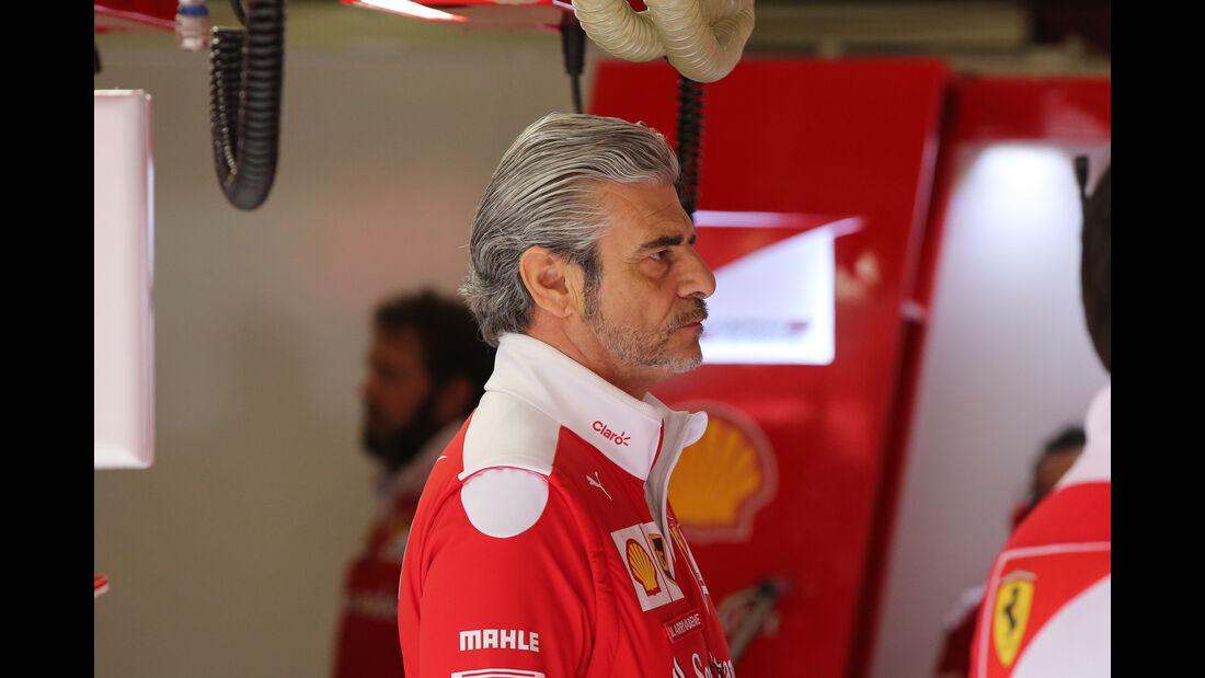 Maurizio Arrivabene - Ferrari - Formel 1 - Test - Barcelona - 2. März 2016