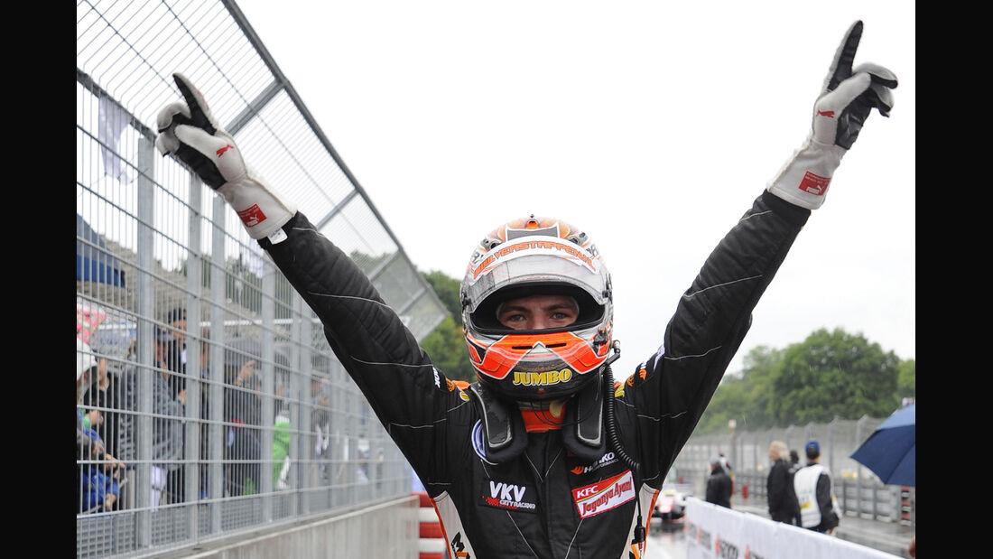 Max Verstappen - 2032