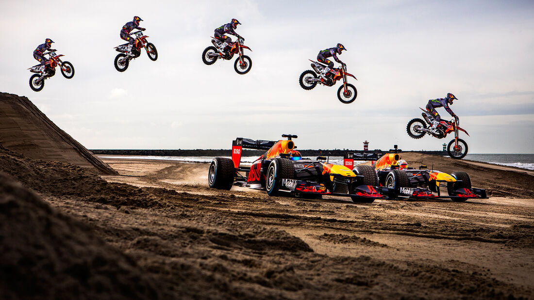 Max Verstappen - Alexander Albon - Red Bull RB7 - Road-Trip - Januar 2020