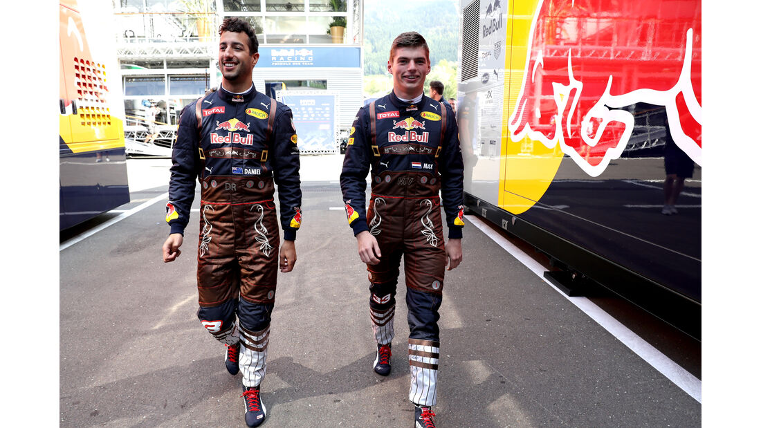Max Verstappen & Daniel Ricciardo - Red Bull - Formel 1 - GP Österreich - 1. Juli 2016