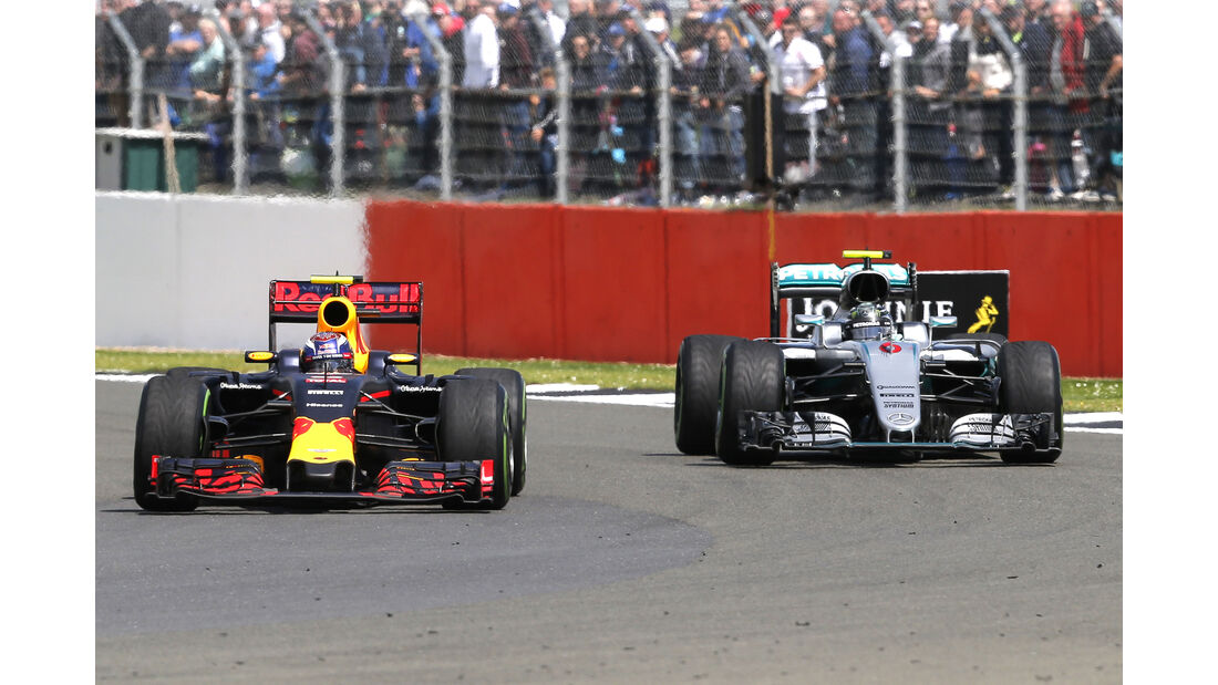 Max Verstappen & Nico Rosberg - GP England 2016