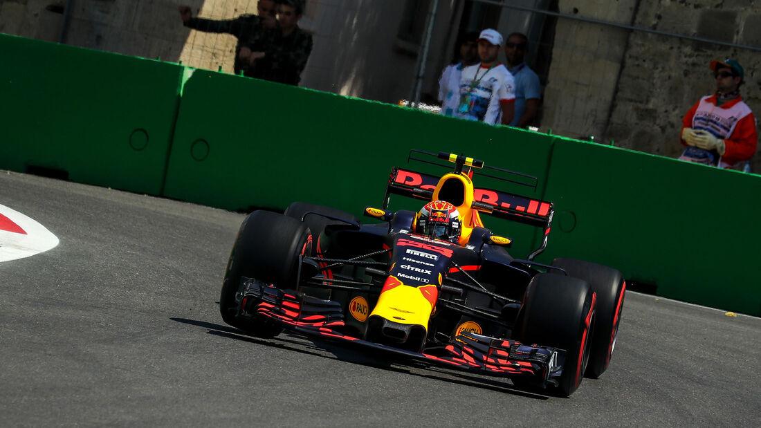 Max Verstappen - Red Bull - Formel 1 - GP Aserbaidschan 2017 - Training - Freitag - 23.6.2017