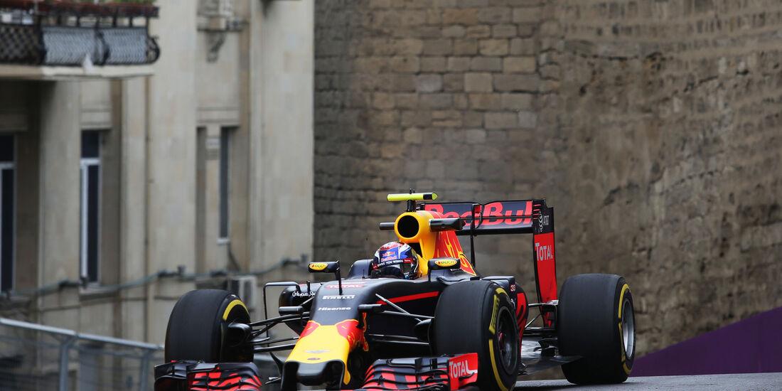 Max Verstappen - Red Bull - Formel 1 - GP Aserbaidschan - Baku - 17. Juni 2016