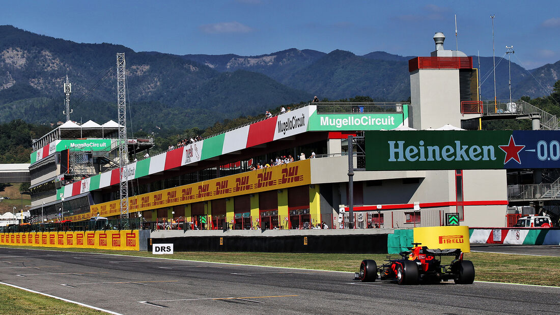 [Imagen: Max-Verstappen-Red-Bull-Formel-1-GP-Tosk...722698.jpg]