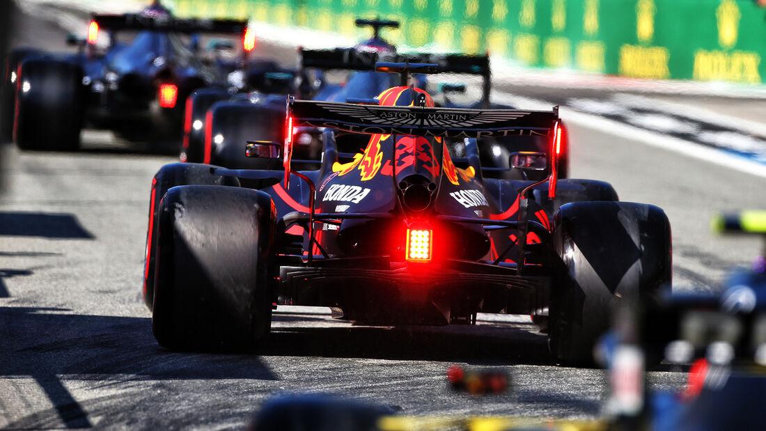 [Imagen: Max-Verstappen-Red-Bull-GP-Italien-Monza...720982.jpg]