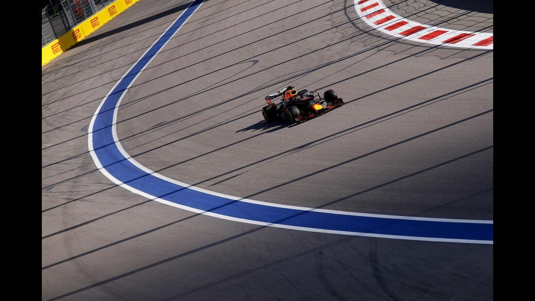 Max Verstappen - Red Bull - GP Russland 2019 - Sochi Autodrom - Rennen