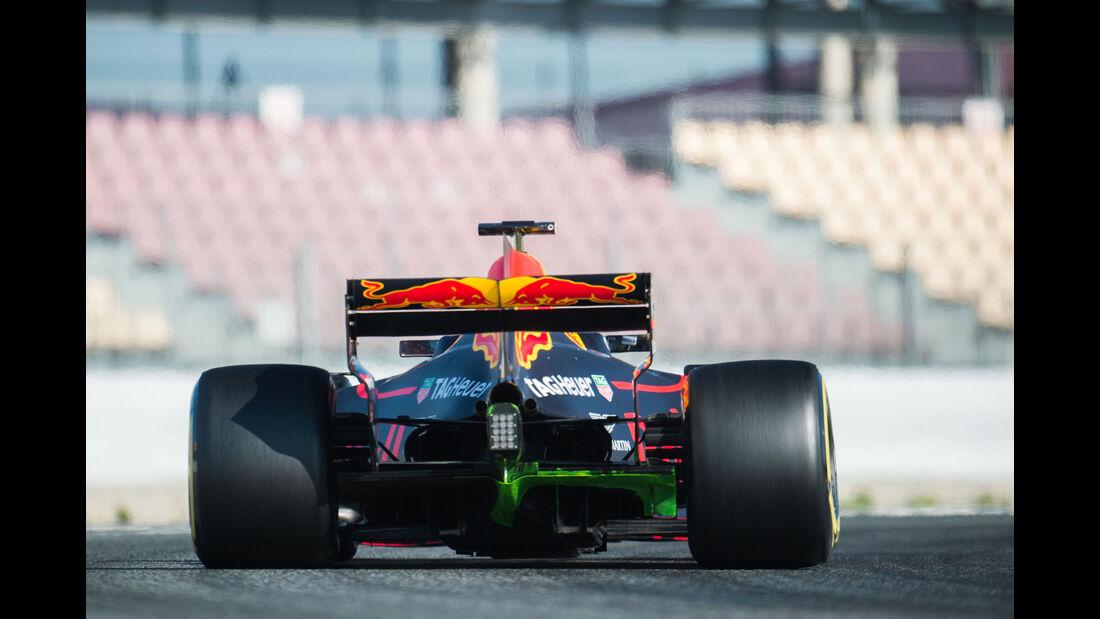 Max Verstappen - Red Bull - Testfahrten - Barcelona - Freitag - 10.3.2017
