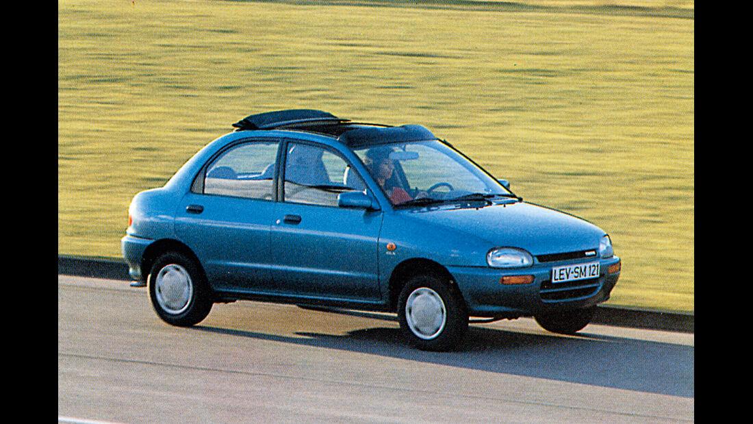 Mazda 121, Seitenansicht