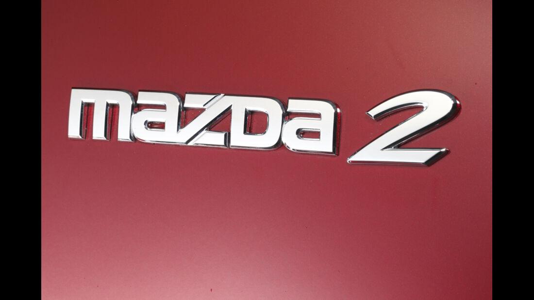 Mazda 2 1.3, Emblem