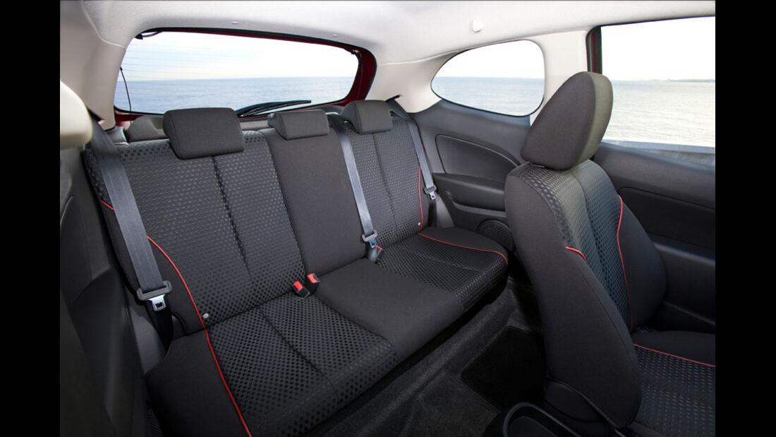 Mazda 2, Fond, Rückbank