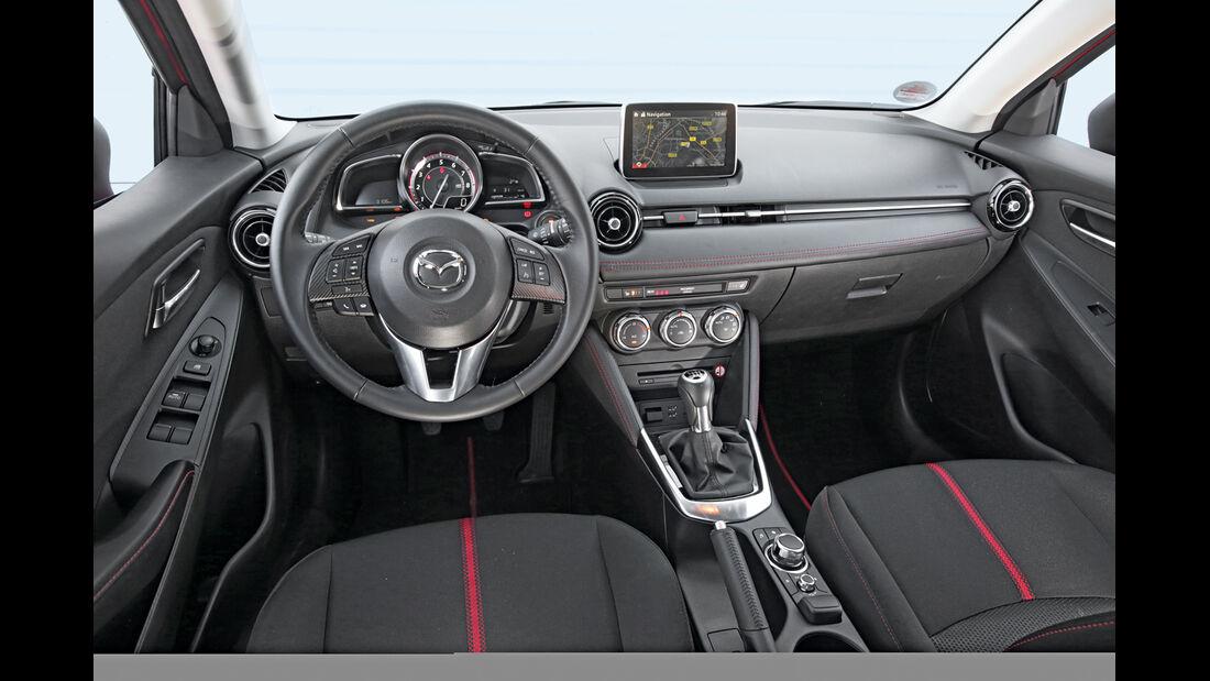 Mazda 2 G 115, Cockpit