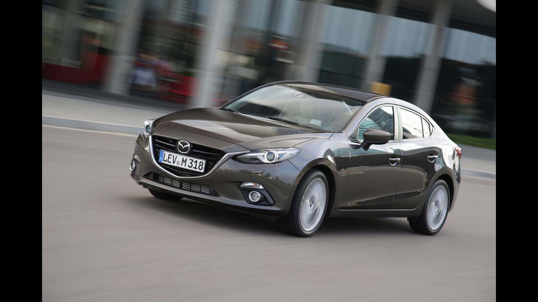 Mazda 3 Diesel Limousine Seite vorne