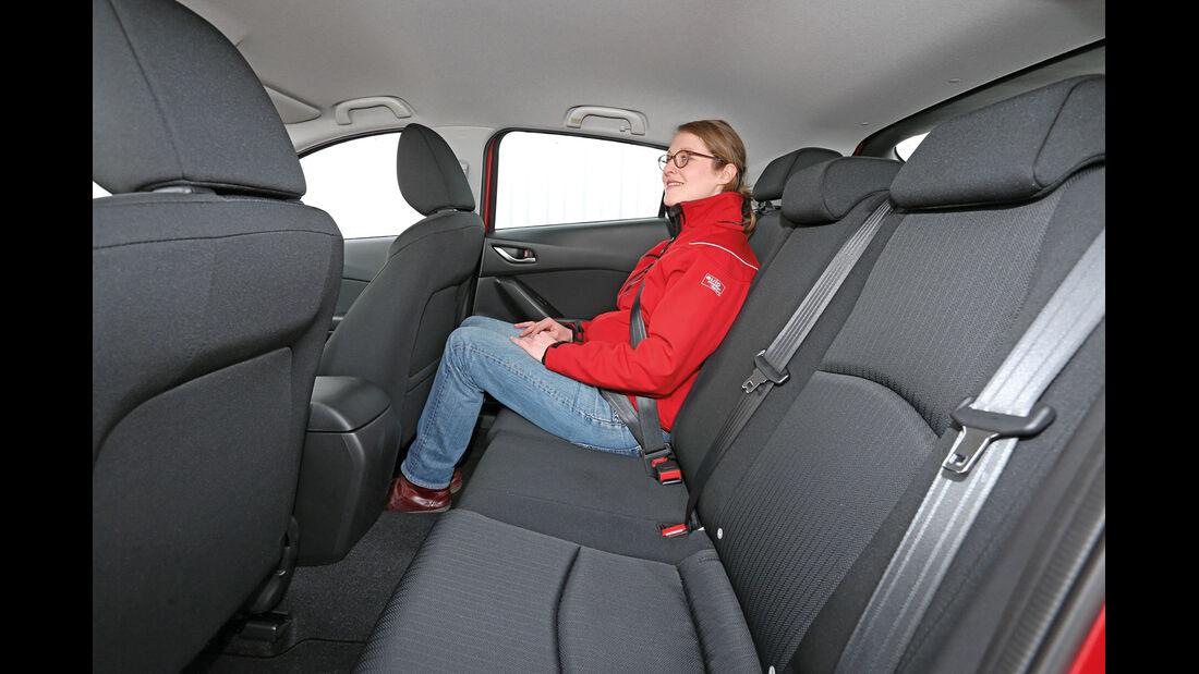 Mazda 3, Fondsitz