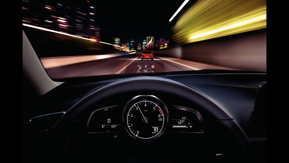Mazda 3, Head-up-Display