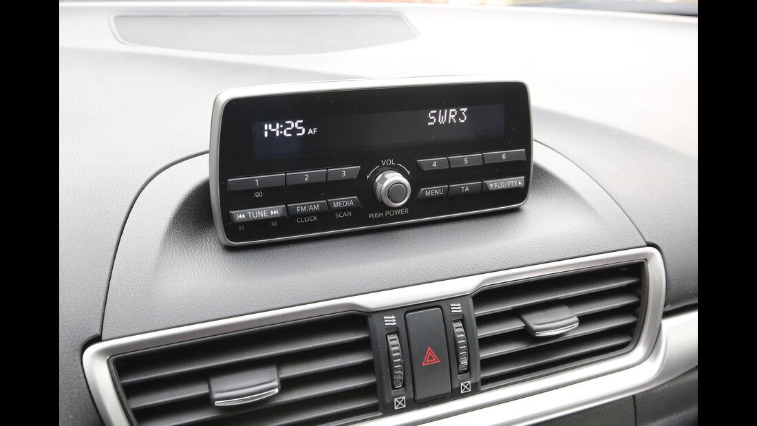 Mazda 3, Infotainment