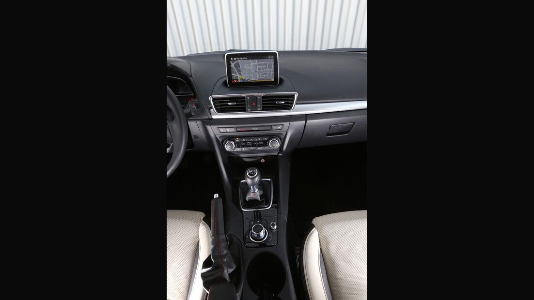 Mazda 3 SKYACTIV-G120, Mittelkonsole