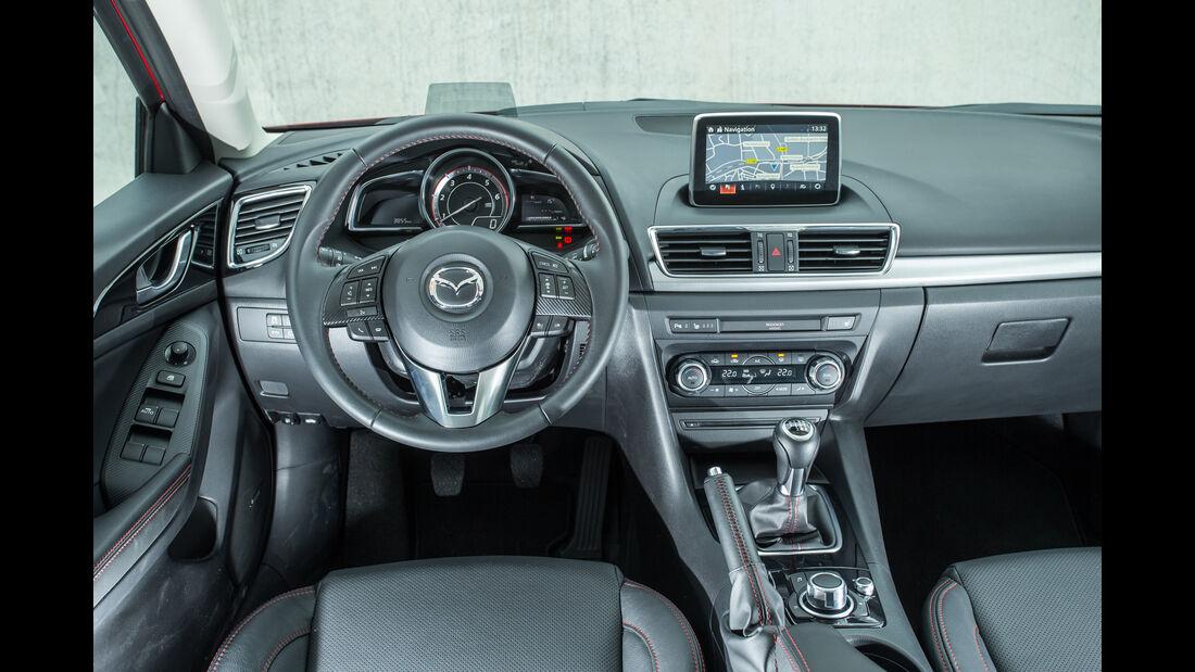 Mazda 3 Skyactiv-D 150, Cockpit