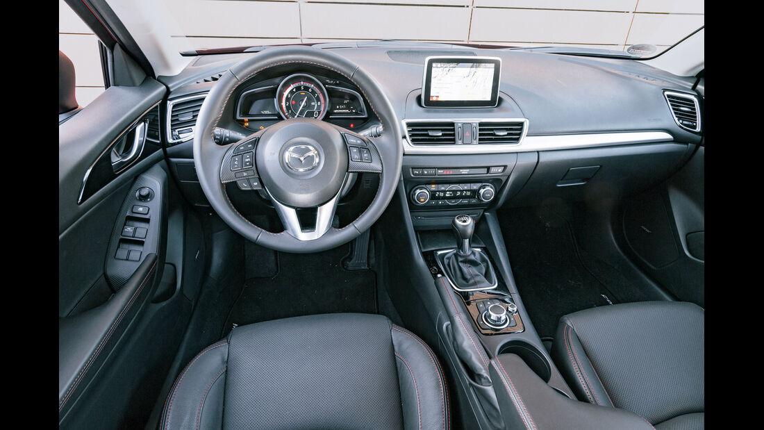 Mazda 3 Skyactiv G 120, Cockpit