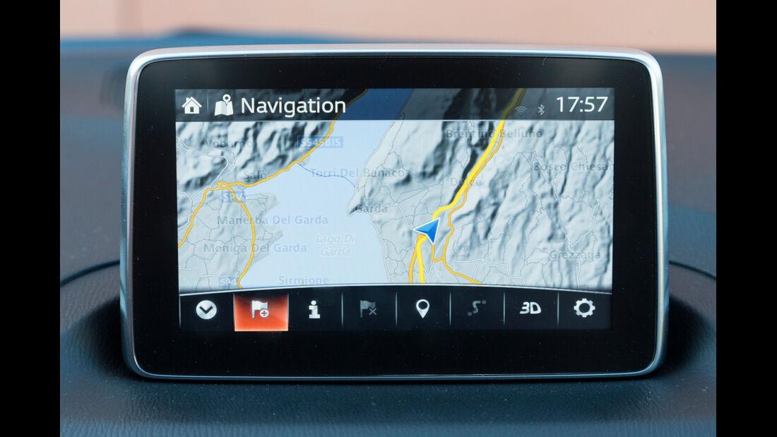 Mazda 3 Skyactiv G 120, Navi