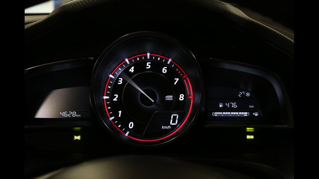 Mazda 3 Skyactiv-G 165, Display