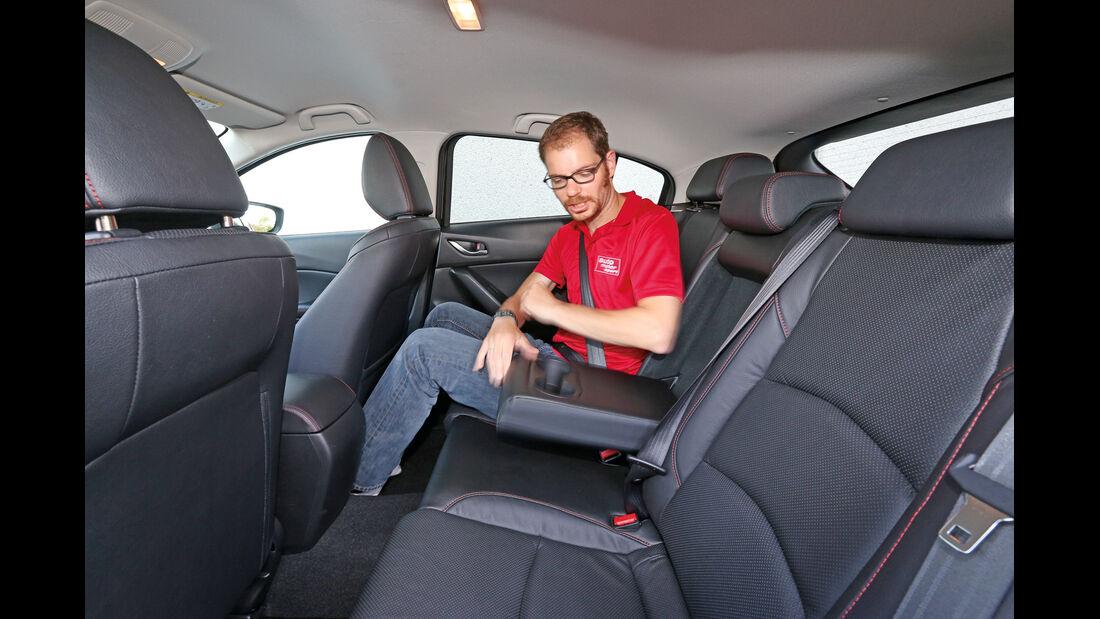 Mazda 3 Skyactiv G 165, Rücksitz, Beinfreiheit