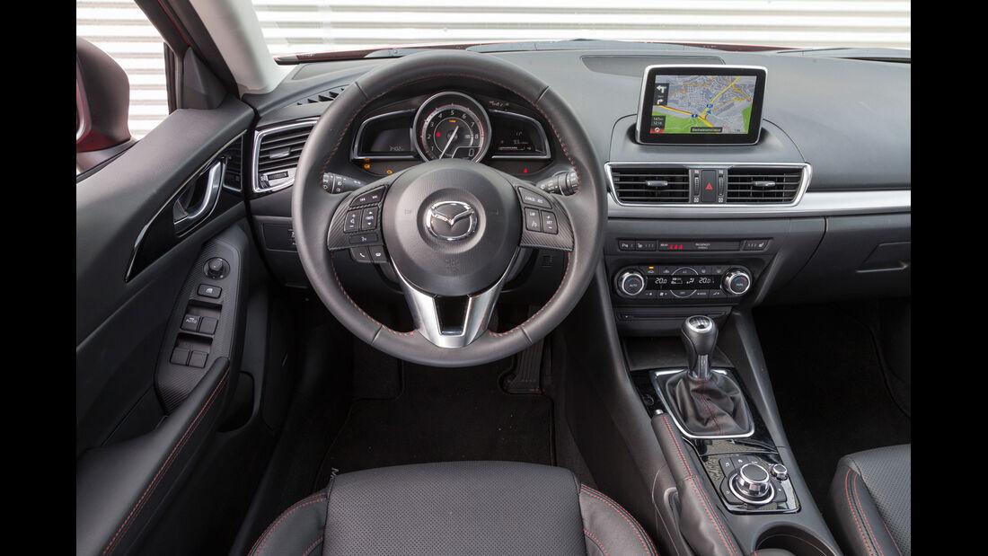 Mazda 3 Skyactive G 120, Cockpit