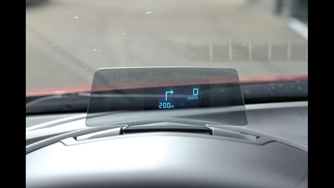 Mazda 3 Skyactive G 120, Head-up-Display