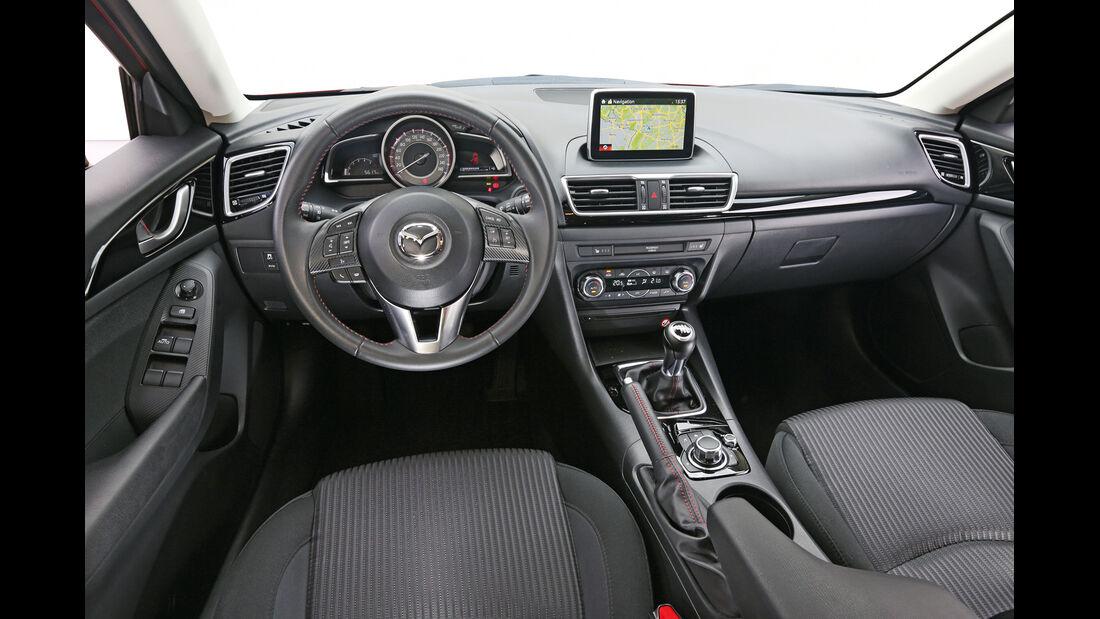 Mazda 3 Skyaktiv D 150, Covkpit