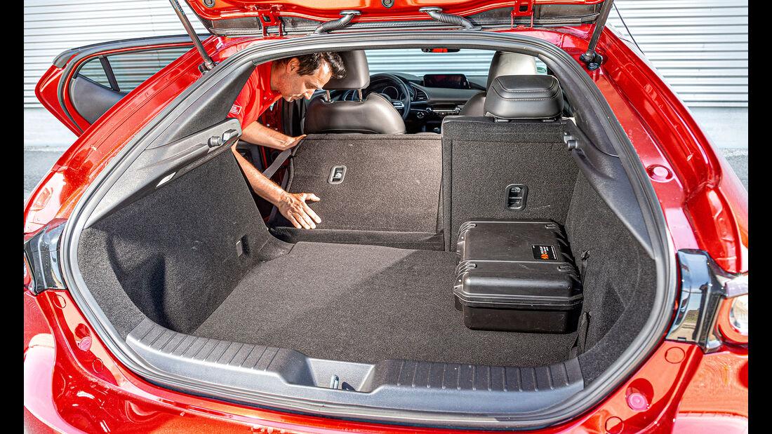 Mazda 3, ams 2520